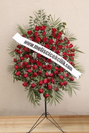 Kırmızı Güllerden Ferforje